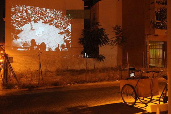 Bicinecleta, la bici-cinema che riqualifica gli spazi pubblici