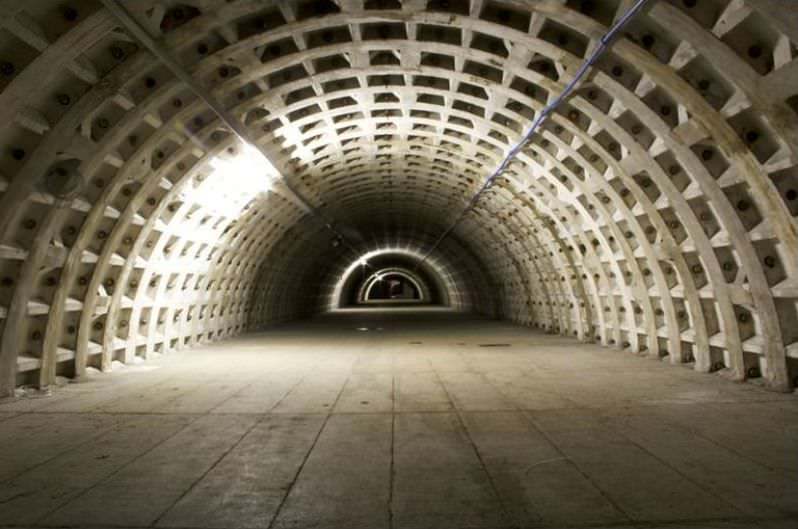 WWII-London-underground-bomb-shelter-garden-5